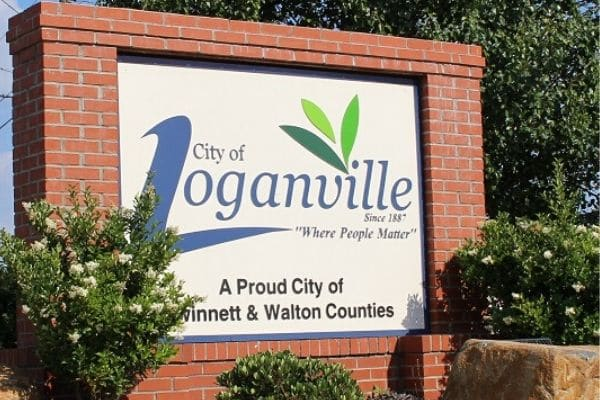 Loganville, GA's welcome to Loganville sign.